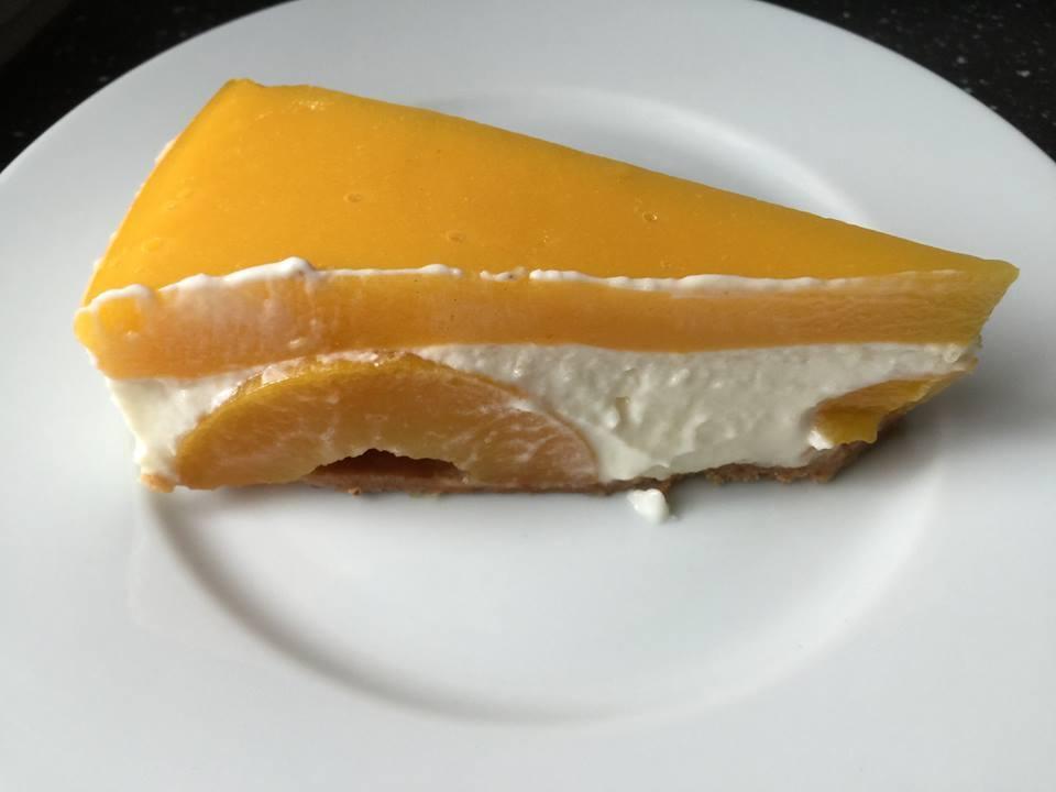 Sommerlicher Pfirsich-Fischkäse-Kuchen