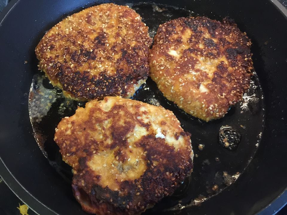 Burgerpatties aus Hähnchenfleisch