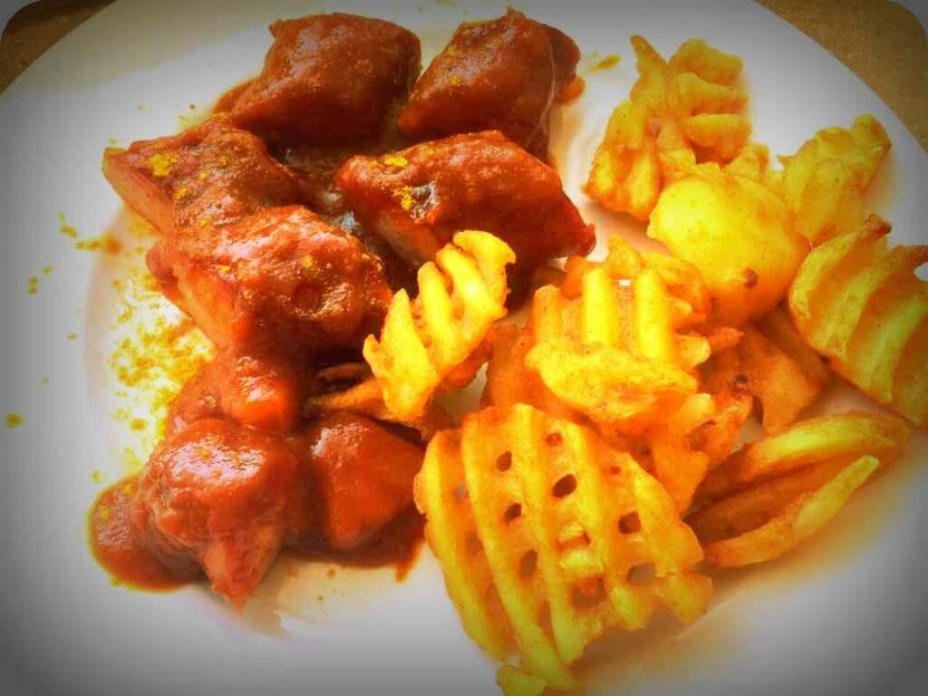 Karibische Currywurst