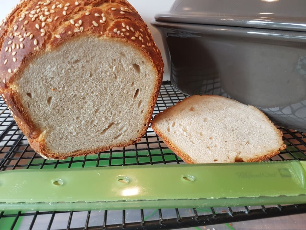 Buttermilch Brot mit Sesam