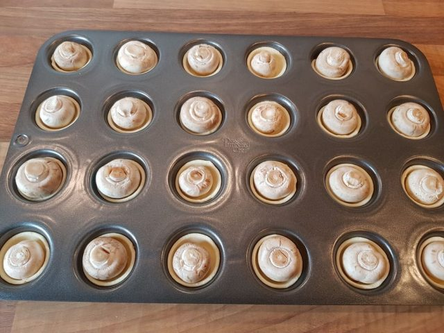 Fingerfood - Champignon Häppchen aus der Mini Muffin Form Deluxe