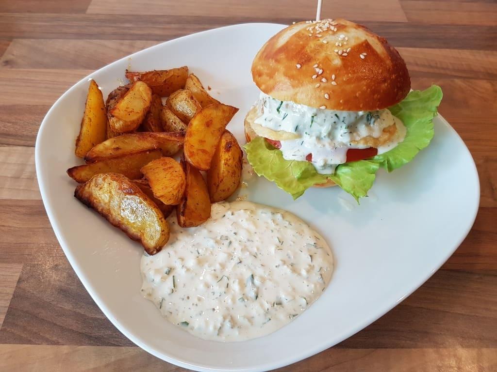 Weiche Buns und Remoulade für Fischburger