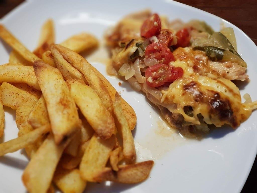 Seelachsfilet ala Hotdog Style in der großen Ofenhexe