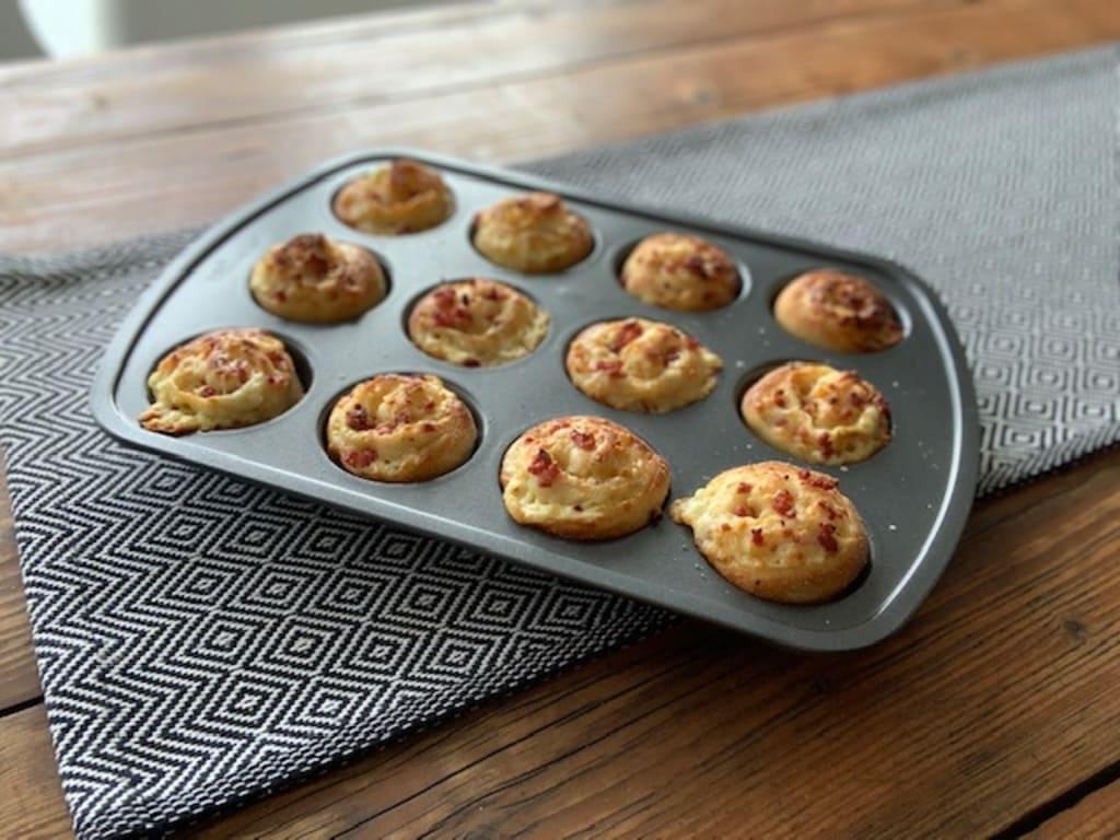 Pizza-Brötchen aus der Muffinform Deluxe von Philipp Richter