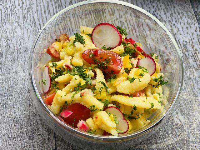 Spätzle Salat