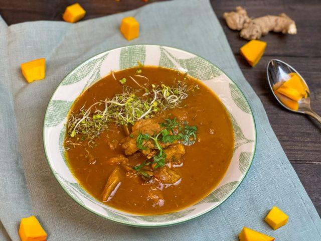 Thai Style Hühner-Kürbis Suppe