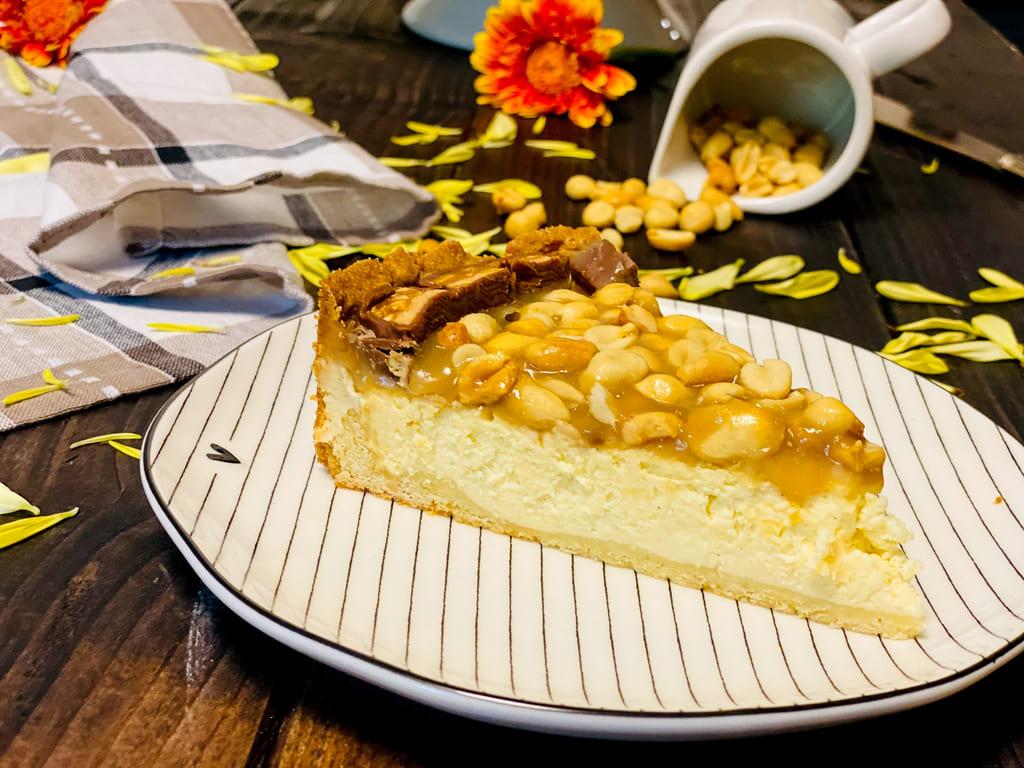 Snickers Käsekuchen / Snickers Cheesecake